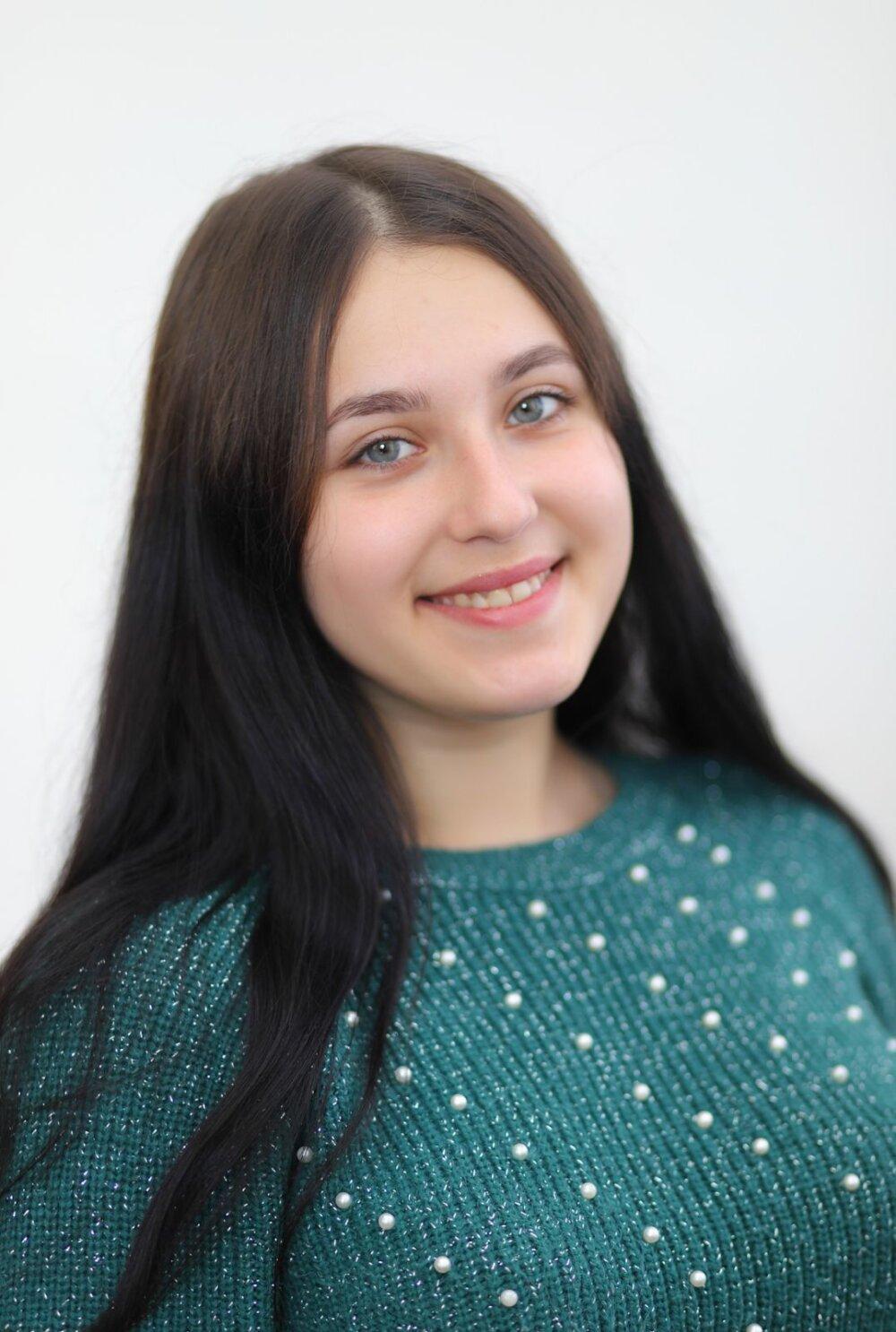 Сизонова Карина